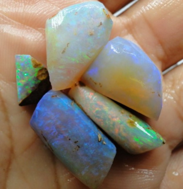 30.55 CT SMALL BRIGHT WOOD FOSSIL BOULDER OPAL  SS01275
