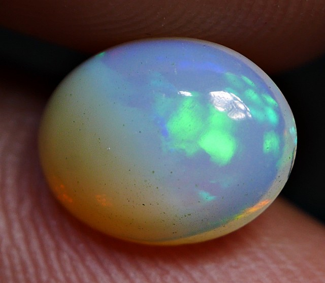 1.15 CRT BRILLIANT HOLOGRAM GREENISH PATCHWORK PLAY COLOR WELO OPAL
