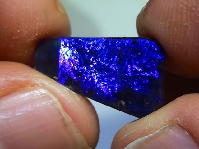 6.80 ct Boulder Opal Natural Gem Blue Color