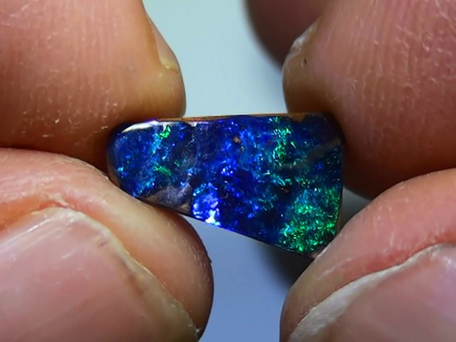 3.10 ct Boulder Opal Natural Gem Blue Green Color
