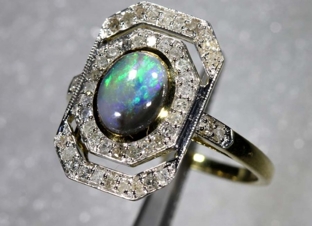 15.45CTS SOLID OPAL DIAMOND AND GOLD ART DECO RING OF-1930