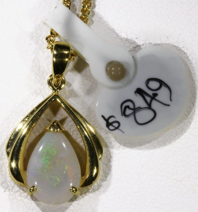 Crystal Opal set in 18k Gold Pendant  SB 623