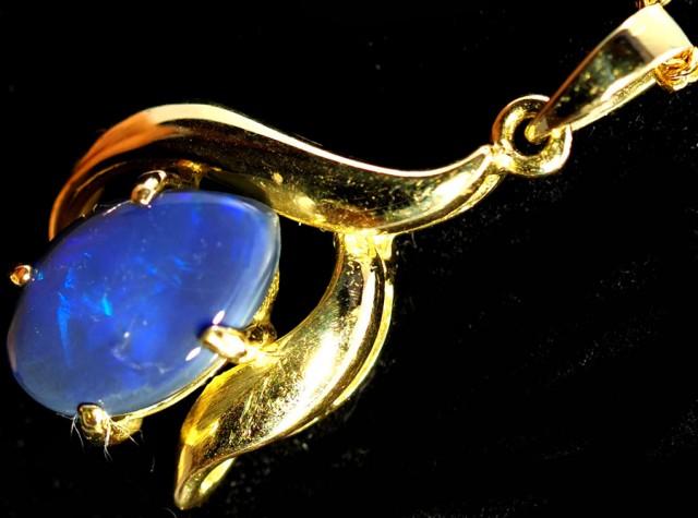 Black Opal set in 18k Gold Pendant  SB629
