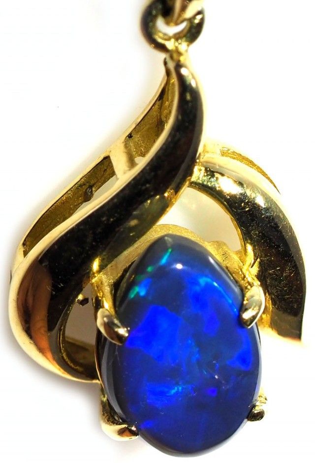 Black Opal set in 18k Gold Pendant  SB629