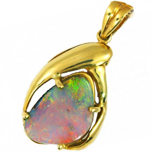 Boulder Opal set in 18k Gold Pendant SB666