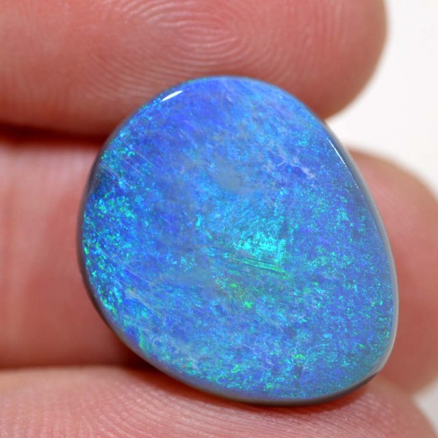 9.36cts Lightning Ridge Black Opal - Recutters Dream(R2873)