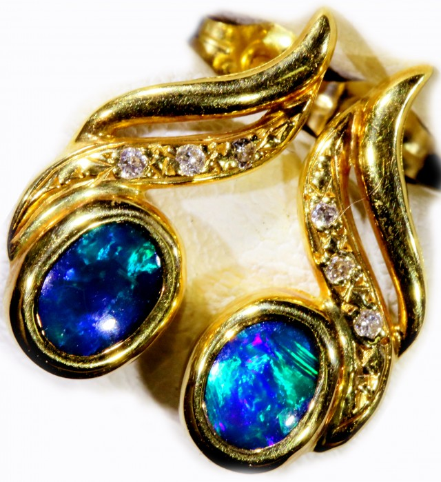 Black Opal set in 18k Gold Earrings SB679