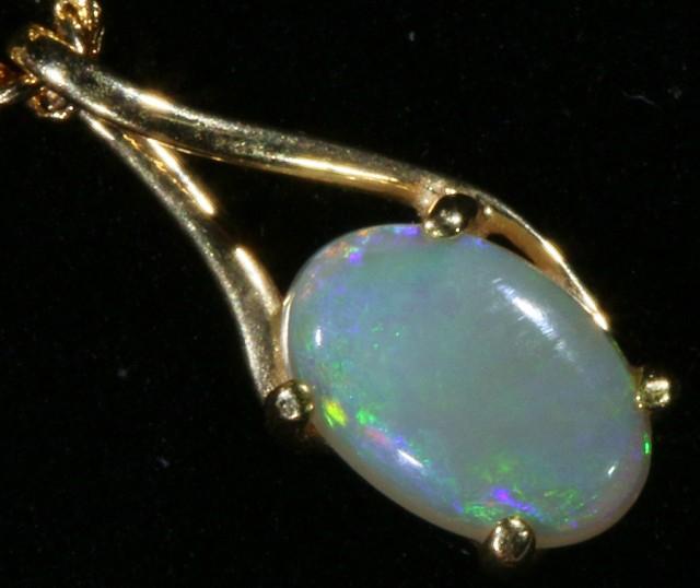 Cute Crystal Opal 18k pendant  CF 926