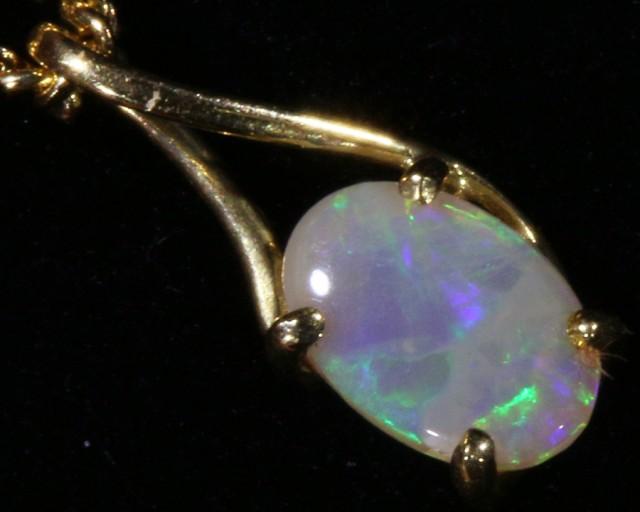 Cute Crystal Opal 18k pendant  CF 927