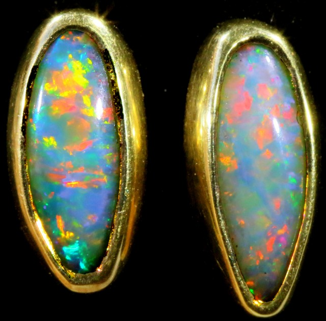 Crystal Opal set in 18k Gold Earrings SB701