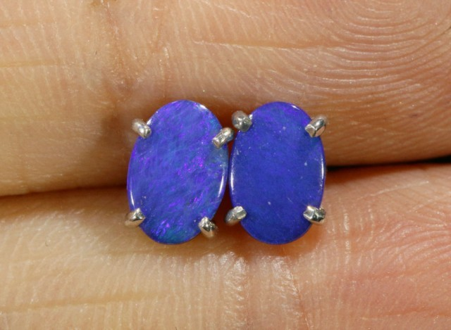 Cute doublet Opal 18k White Gold Earrings  SB 728