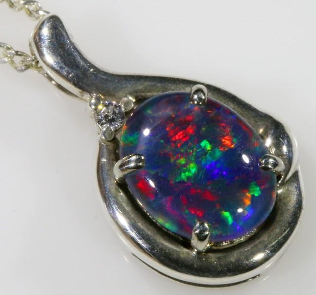 1.6CTS Gem Opal Triplet Set in Silver Pendant  CF 941