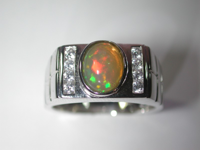 39 .0 ct Stunning 925 Silver Bright Multi Color Welo Ring