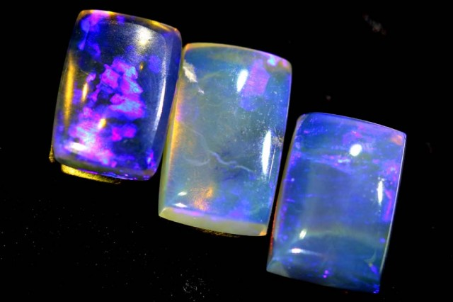 2. 7CTS CRYSTAL OPAL POLISHED PARCEL  3PCS TBO-6797