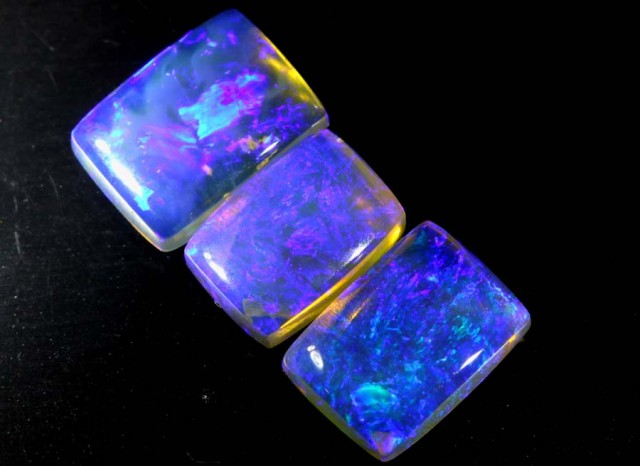 3.65 CTS CRYSTAL OPAL POLISHED PARCEL 3PCS TBO-6800