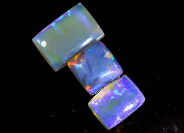 3.55 CTS CRYSTAL OPAL POLISHED  PARCEL  3PCS TBO-6801
