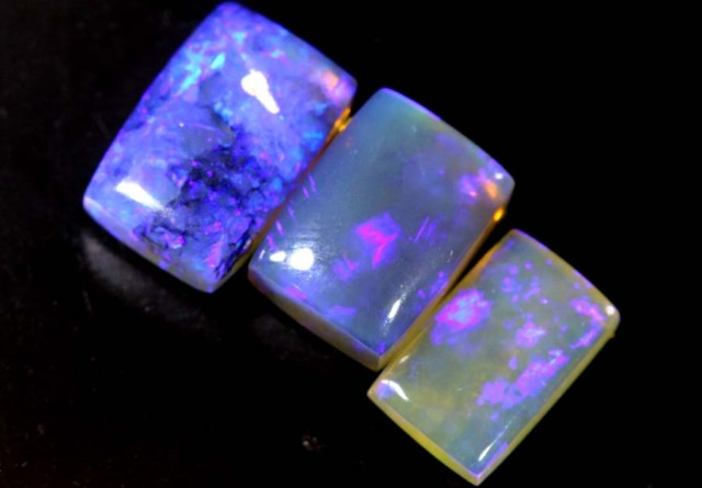 4.15 CTS CRYSTAL OPAL  POLISHED PARCEL 3PCS TBO-6802