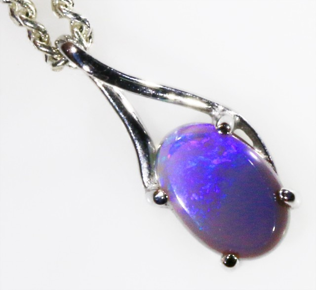 18k White gold with  solid Black opal CF978