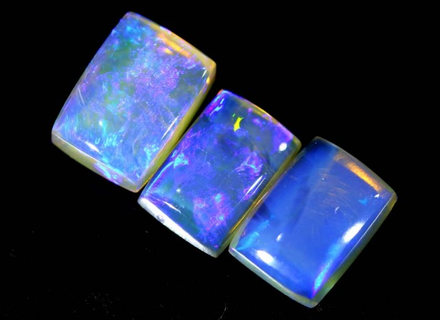 2.85 CTS CRYSTAL OPAL POLISHED PARCEL 3PCS TBO-6829