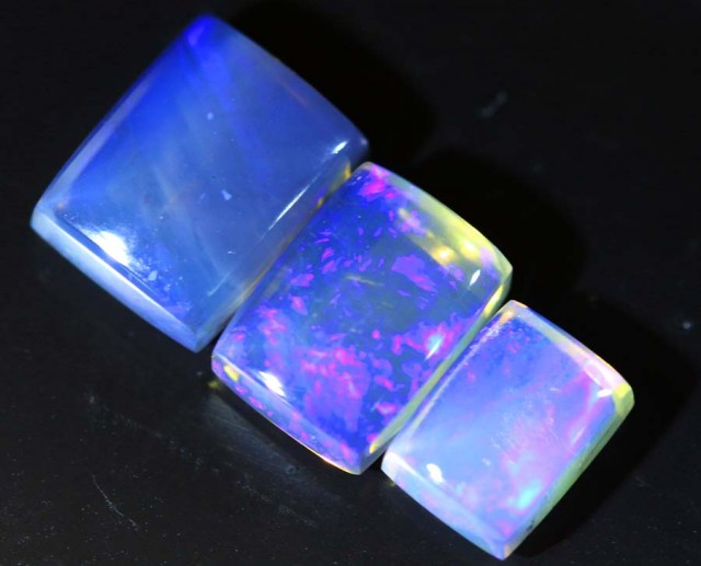 4.7 CTS CRYSTAL OPAL POLISHED PARCEL 3PCS TBO-6837