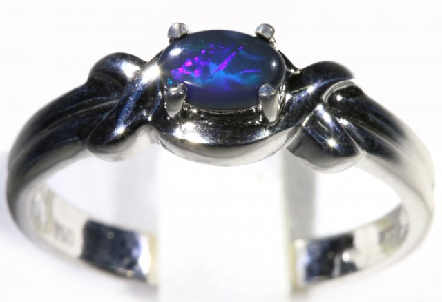 Cute Solid Black Opal 18k White Gold Engagement Ring