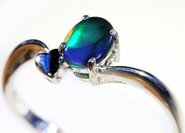 Cute Solid black Opal 18k White Gold  Engagement Ring SB794