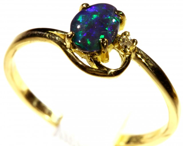 Cute Solid black Opal 18k Yellow Gold Engagement Ring SB 807