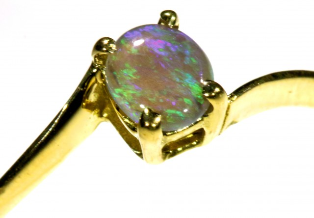 Cute Solid Crystal Opal 18k Yellow Gold Ring SB 818