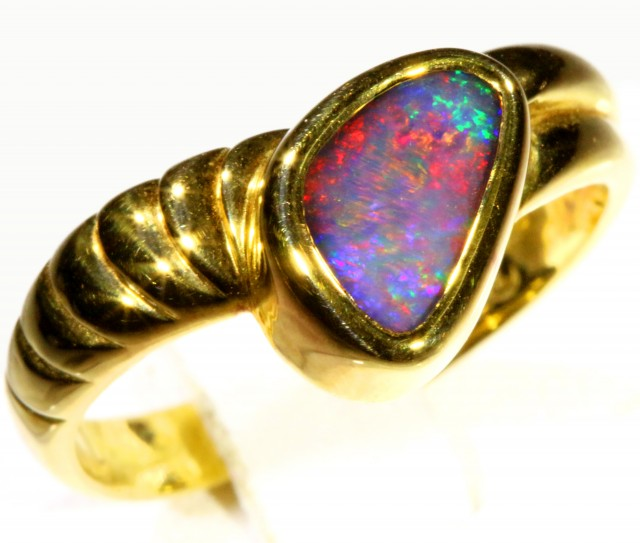 Cute Black Opal 18k Yellow Gold Ring SB 866