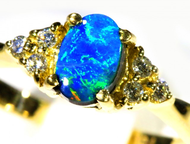 Cute Black Opal 18k Yellow Gold Ring SB 874