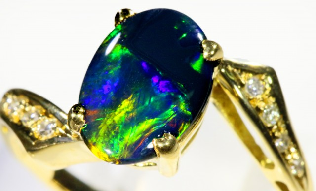 Gorgeous Black Opal 18k Yellow Gold Ring SB 875