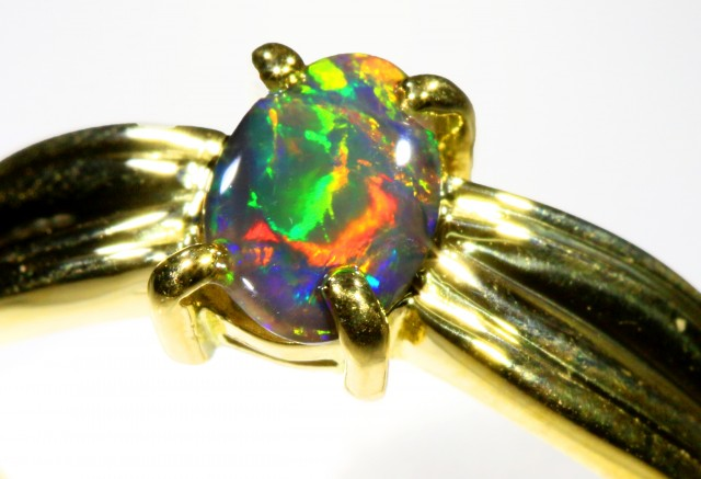 Cute Black Opal 18k Yellow Gold Ring SB 879