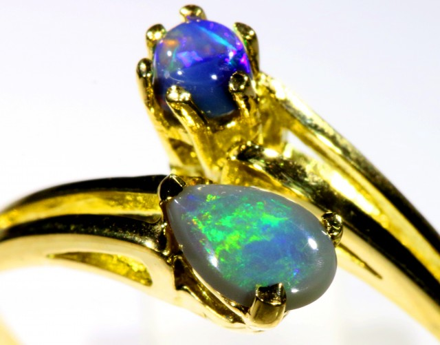Cute Black Opal 18k Yellow Gold Ring SB 897