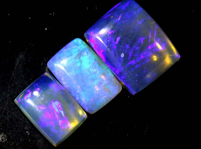 4.2 CTS CRYSTAL OPAL POLISHED PARCEL 3PCS TBO-6873