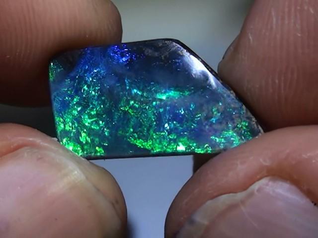 6.40 ct Boulder Opal Natural Gem Blue Green Color