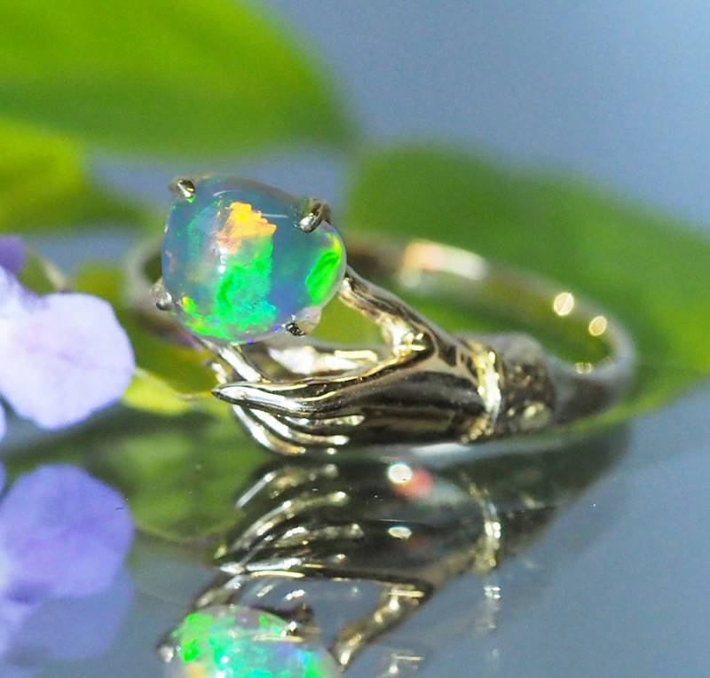 Solid Crystal Opal 18k Yellow Gold Ring SB939