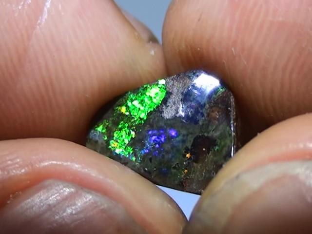 2.45 ct Boulder Opal Natural Gem Blue Green Color