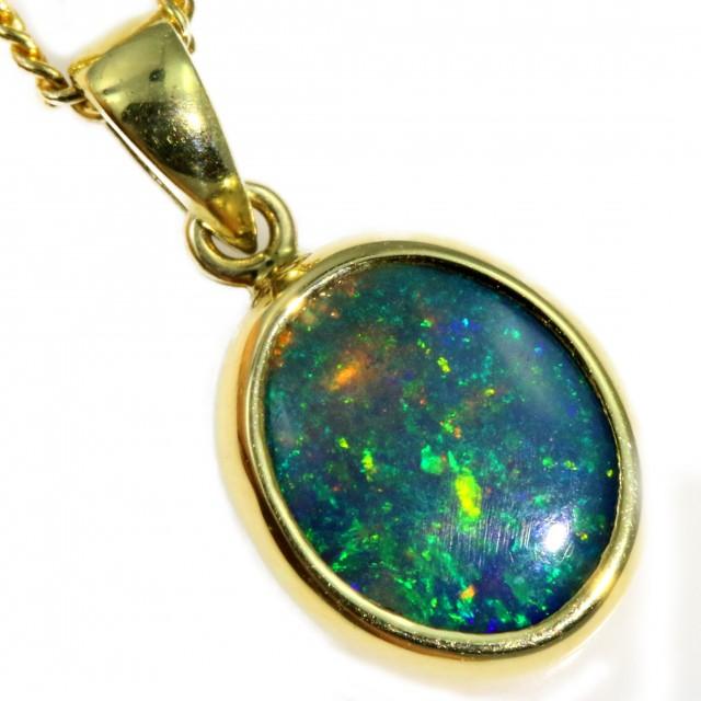 Enhanced Crystal Opal Set in 18K Yellow Gold Pendant CF1226