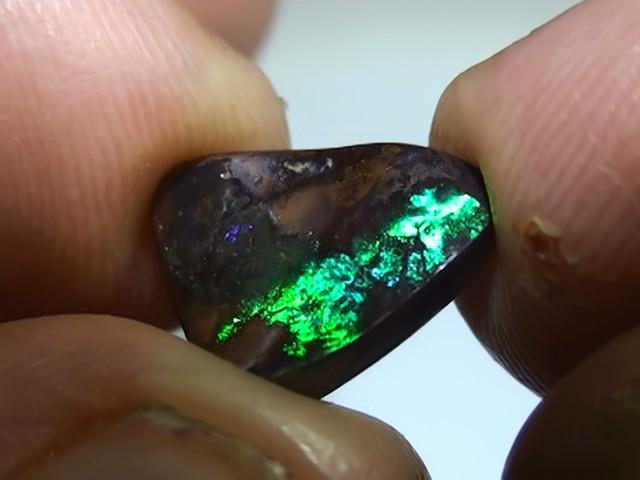 4.35 ct Boulder Opal Natural Gem Blue Green Color