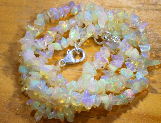 52CTS CHIPS OPAL BEADS STRANDS FOB-1092
