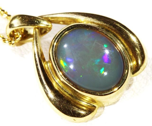 Solid semi Black Crystal Opal Set in 18K Yellow Gold Pendant CF 1300