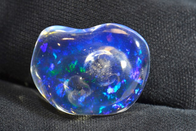 3.0 ct Top Mexican Crystal Fiery Opal Water Teransparent