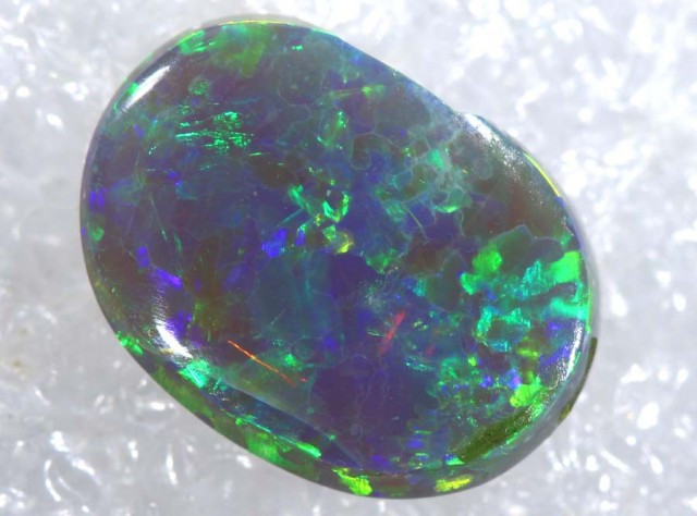N5  -  5CTS SOLID OPAL STONE  TBO-7180