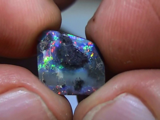 3.85 ct Boulder Opal With Multi Color