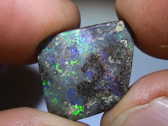 7.10 ct Gem Boulder Opal With Multi Color