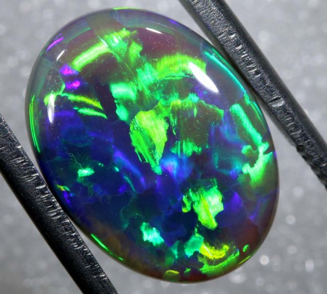 N4  5.65 CTS QUALITY BLACK SOLID OPAL LIGHTNINGRIDGE INV-810 GC