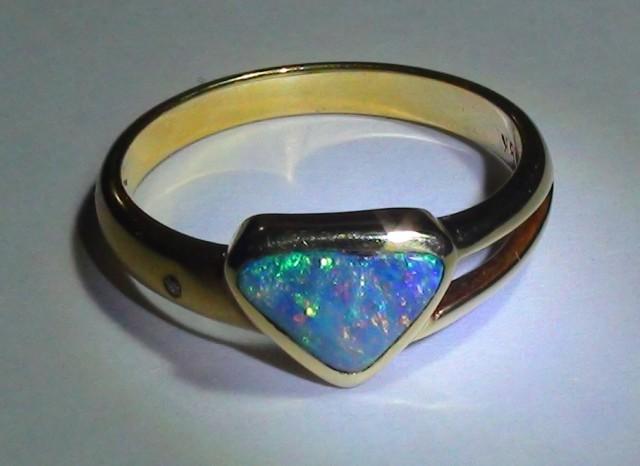 Gold Ring 18k Natural Gem Rainbow Color Boulder Opal 17.50 ct