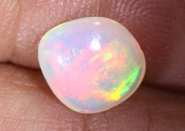 1.3CTS WHITE CRYSTAL OPAL TBO-7481