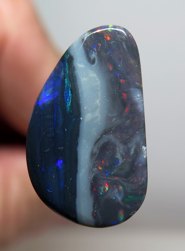 5.87Ct Lightning Ridge Black Opal stone