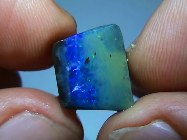 8.90 ct Gem Blue Green Solid Boulder Opal Rub